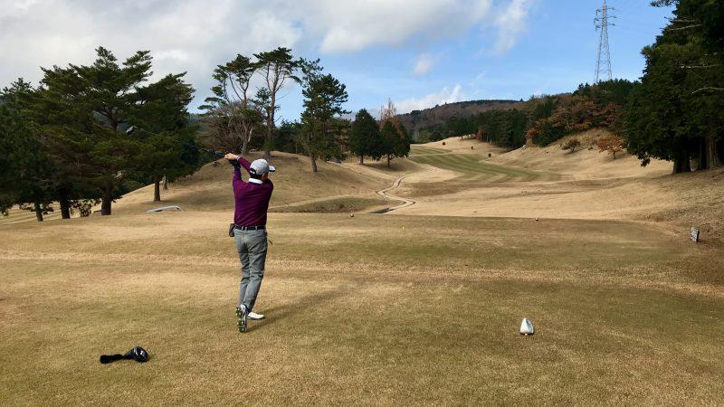 GEN-TENゴルフコースレッスン稲取GCティショットの写真