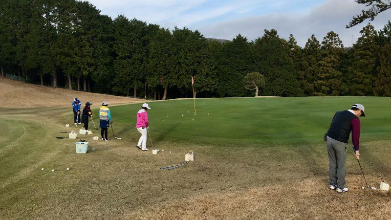 GEN-TENゴルフコースレッスン稲取GC定点練習アプローチの写真