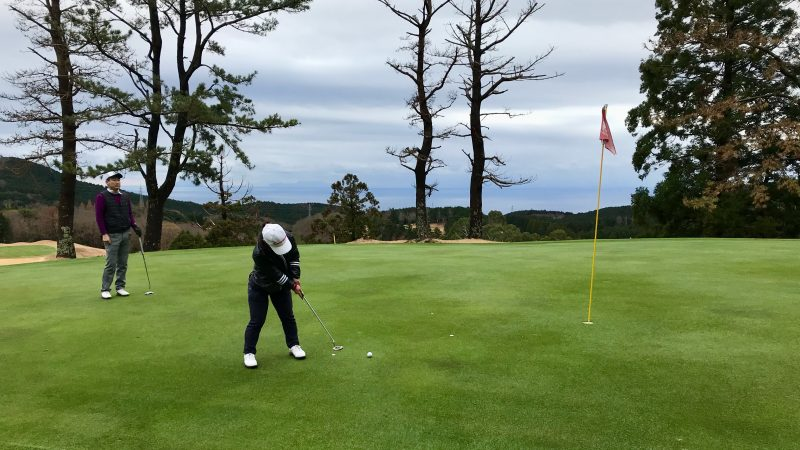 GEN-TENゴルフコースレッスン稲取GCショートパットの写真