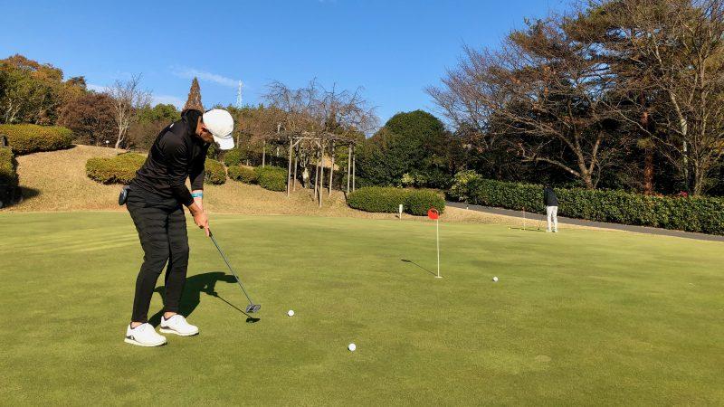 GEN-TENゴルフコースレッスン小萱チェリークリークCCパッティンググリーンの写真