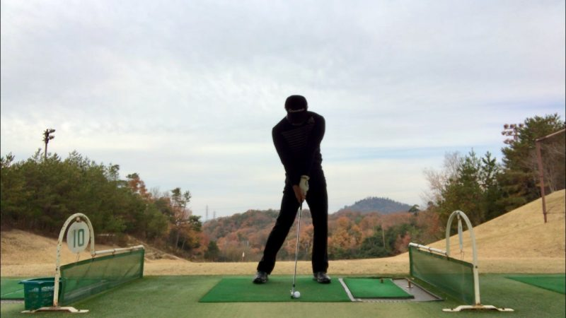 GEN-TENゴルフコースレッスンアーリーリリースインパクトの写真