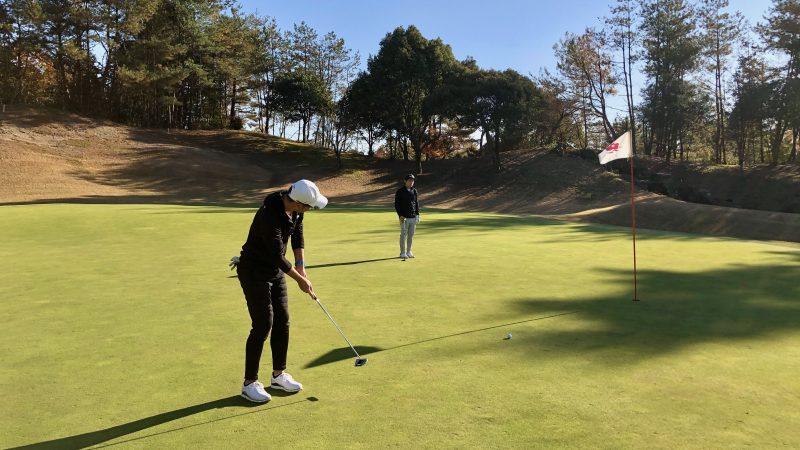 GEN-TENゴルフコースレッスン小萱チェリークリークCCパッティングの写真