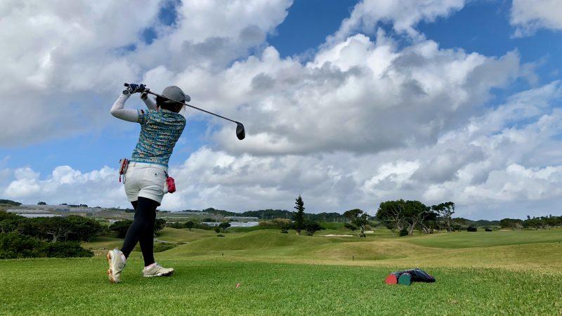 GEN-TENゴルフコースレッスン沖縄キャンプザ・サザンリンクスGCクドライバーショットの写真