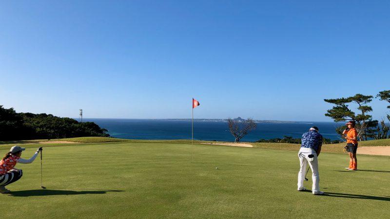 GEN-TENゴルフコースレッスン沖縄キャンプベルビーチGCパッティングの写真
