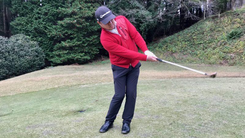 GEN-TENゴルフコースレッスン初心者SWのアプローチの写真