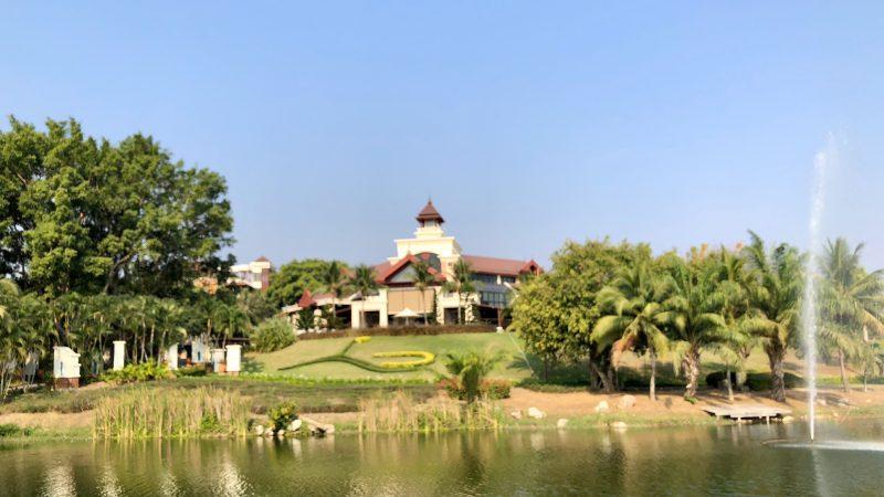 GEN-TENゴルフコースレッスンスプリングフィールドロイヤルCCクラブハウスの写真