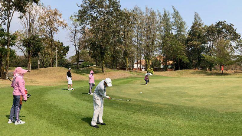 GEN-TENゴルフコースレッスンスプリングフィールドロイヤルCCアプローチの写真