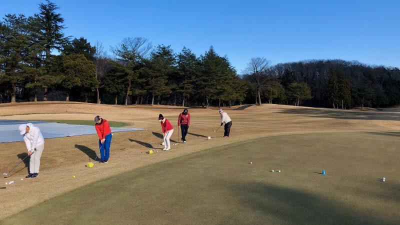 GEN-TENゴルフコースレッスンヒント定点練習アプローチ前方からの写真