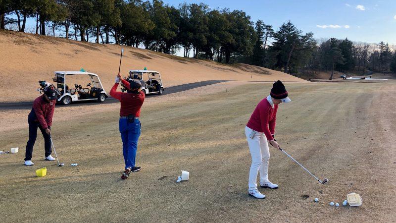 GEN-TENゴルフコースレッスンヒント定点練習アイアンショットの写真