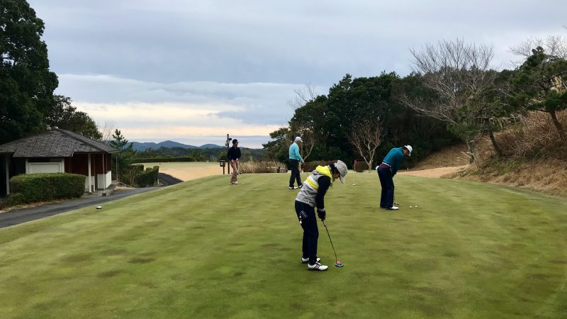 GEN-TENゴルフコースレッスンDC近鉄浜島CCパッティンググリーンの写真